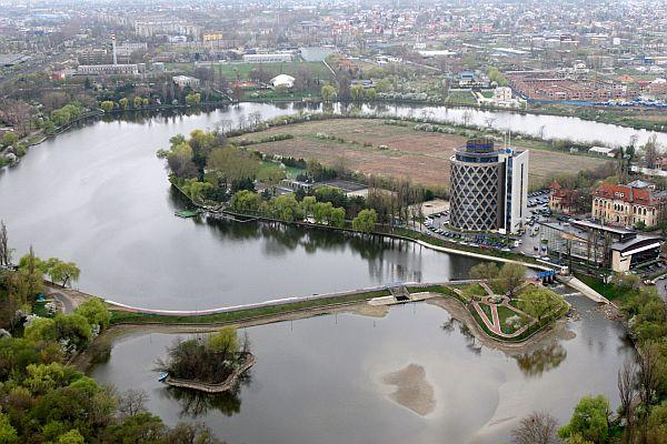 Romania - locul in care s-au intalnit hotii cu prostii!!! (II) 14-grivco-rzv