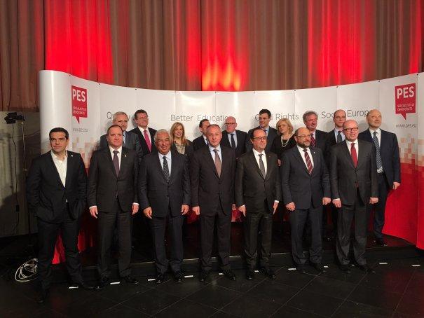 Liderii PES